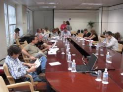 Representants dels treballadors d'EFE a la seu de la SEPI