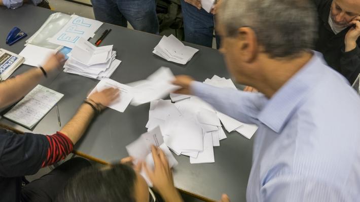 Votacio-2-W