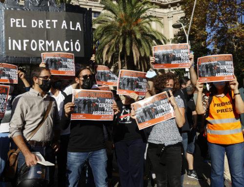Protesta contra las agresiones policiales y para defender el derecho a la información